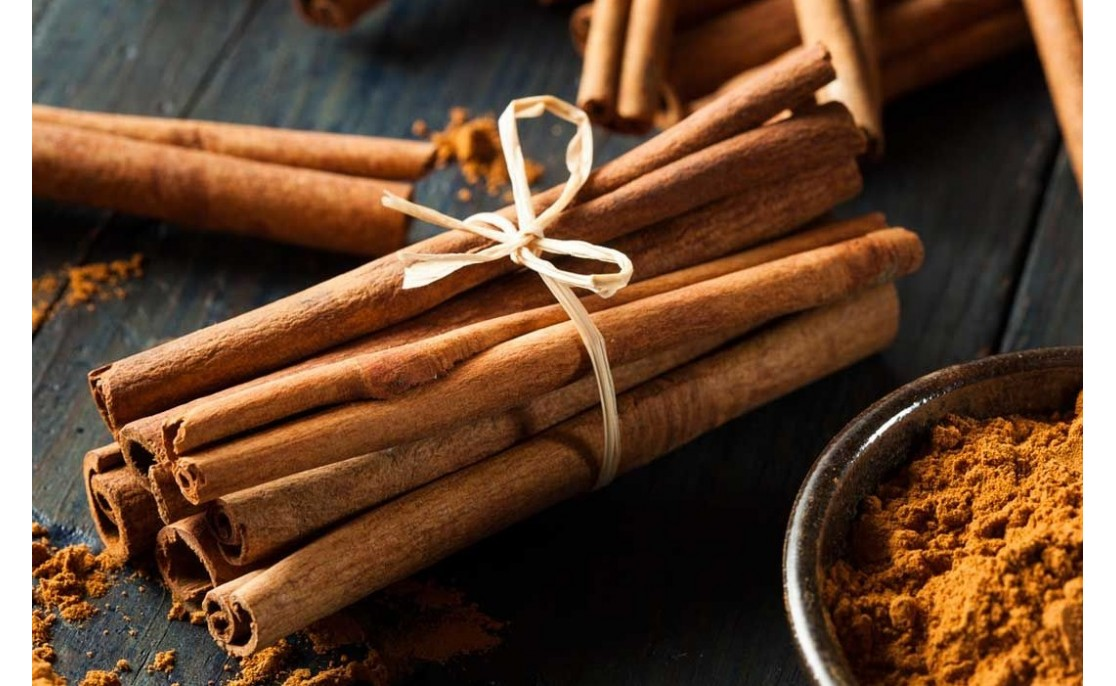 18 AMAZING BENEFITS OF CINNAMON & ITS OIL